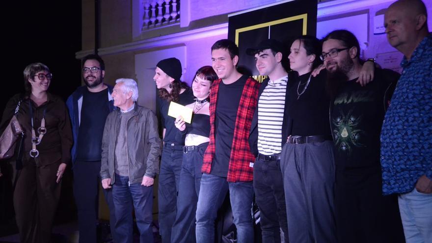 May one day s'endú el primer premi del concurs Llumplugged