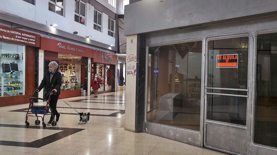 Gandia censa los locales comerciales vacíos para ofrecerlos a inversores