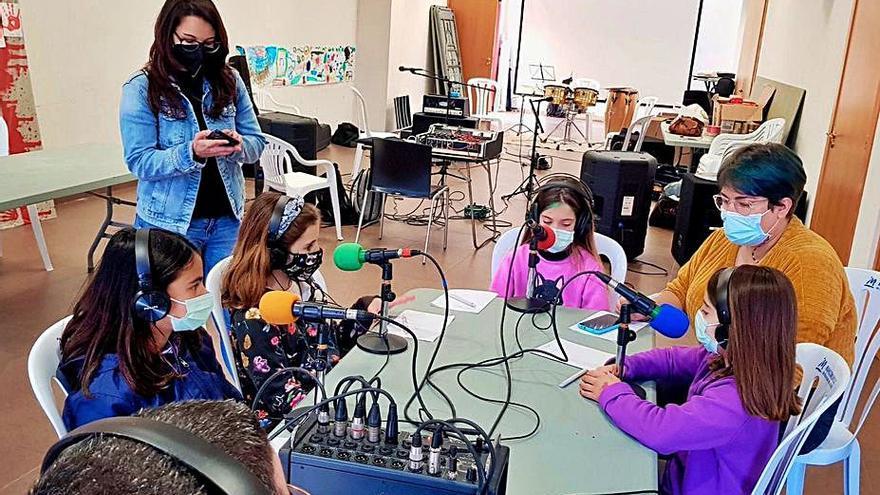 Beniflà Taller de radio para los escolares