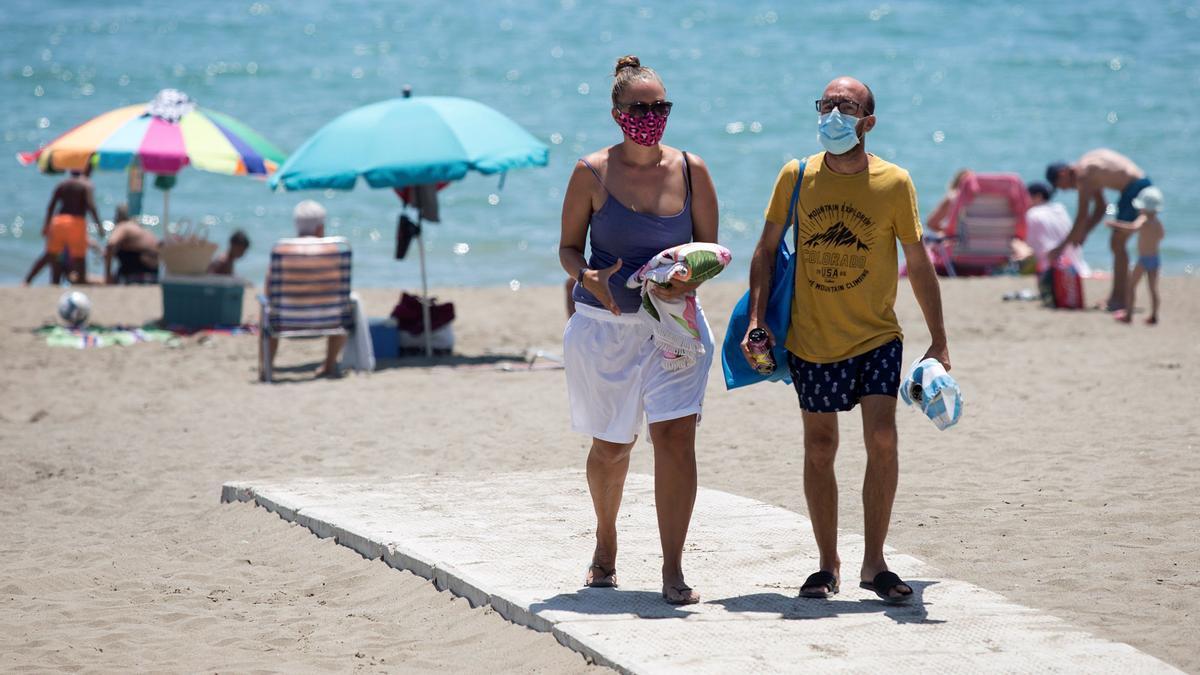 La Generalitat propone que la mascarilla no sea obligatoria en las playas de la Comunitat.