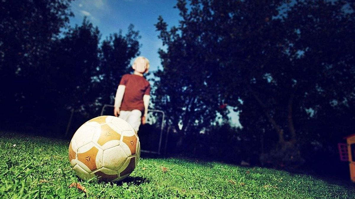 El acusado entrenaba a niños de entre 10 y 15 años en un equipo de fútbol de l'Horta.