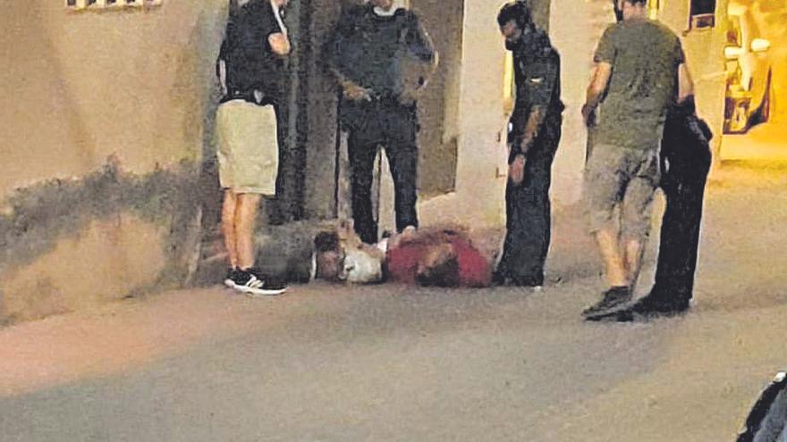 Un detenido por apuñalar a un joven de 19 años en Castellnovo