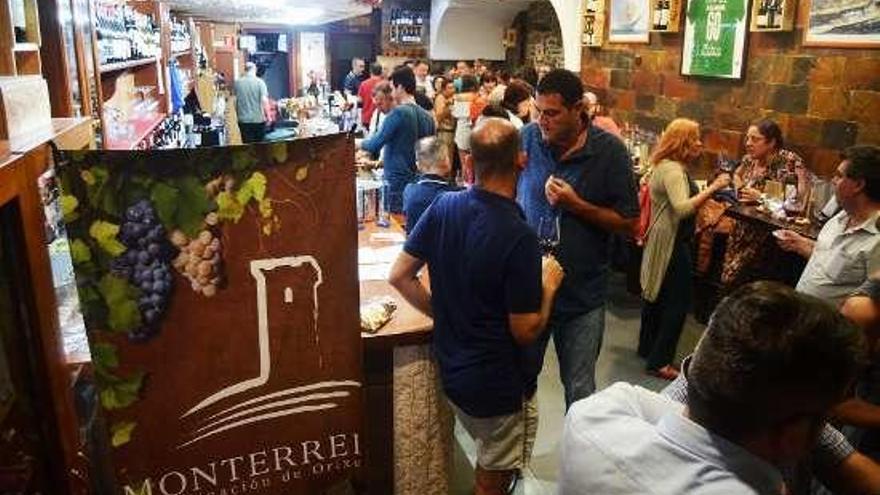 El Túnel del Vino de la DO Monterrei en Ferrol recibió a más de cien participantes