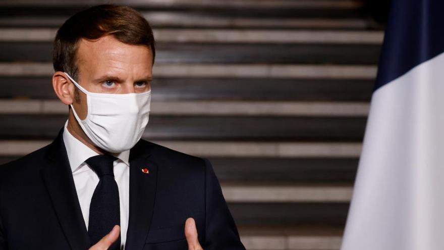 Macron promete seguir peleando a largo plazo contra el islamismo radical