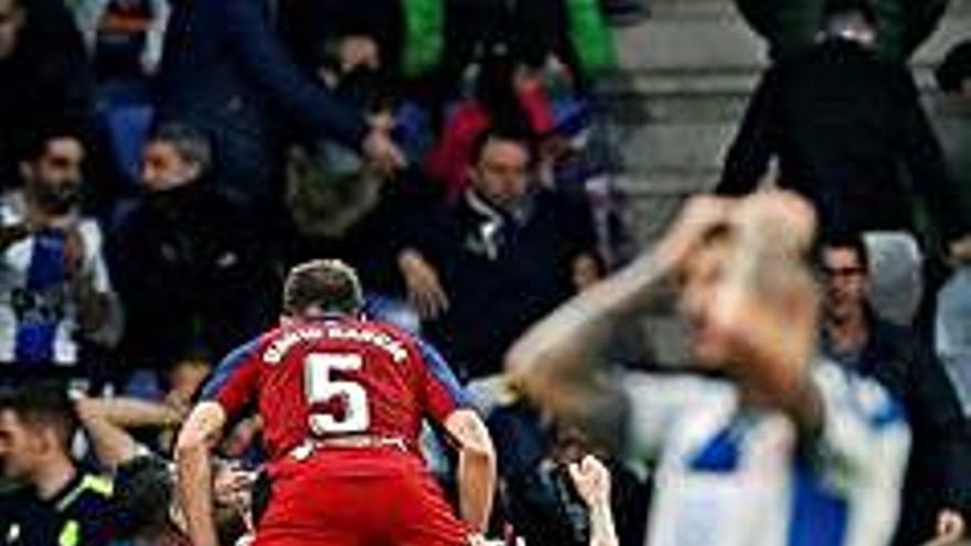 L'Espanyol s'enfonsa amb una derrota molt dolorosa (2-4)