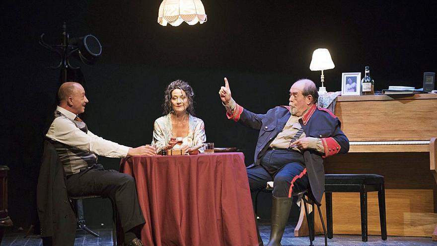 Els Carlins revifa Dürrenmatt en una atrevida adaptació de «Play Strindberg»