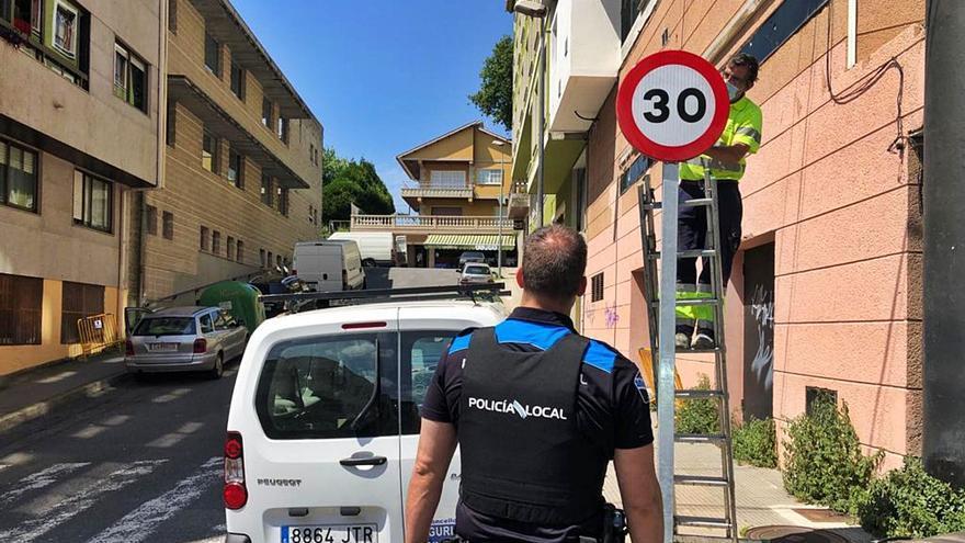 Cangas reduce el límite de velocidad a 30 km/h en toda la zona de la avenida de Marín, la plaza y Vincenti