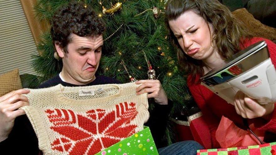 El 31% de los murcianos han recibido más de un regalo no deseado