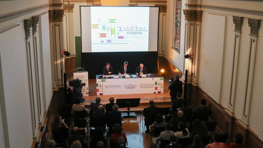 Edufinet aborda los retos de la educación financiera ante el nuevo orden económico y social