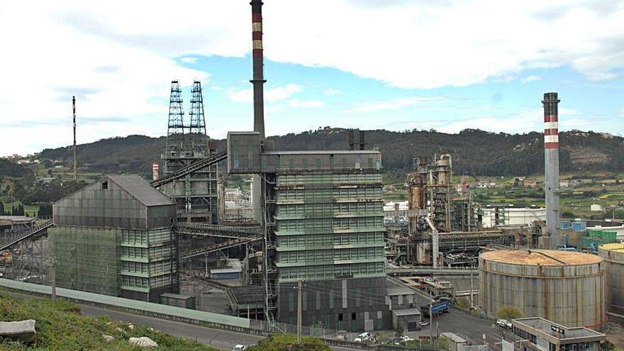Repsol traslada de Madrid a Bilbao la sede social de la división industrial que engloba a la refinería coruñesa