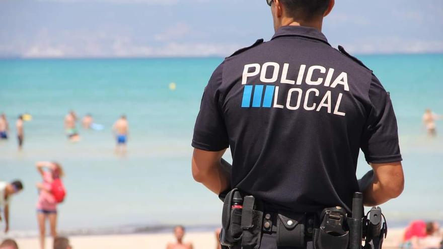 Dos hombres mueren ahogados en una piscina y en la playa en s'Arenal