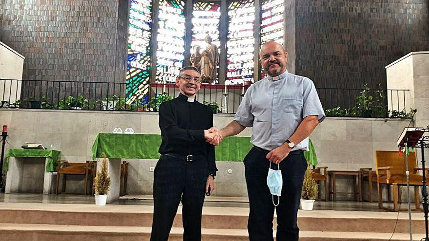 """Relevo en la parroquia de Ventanielles: """"Hay mucho por hacer"""", dice el nuevo cura"""