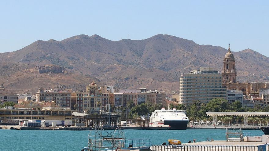 Igy y OCP cierran un acuerdo para financiar la construcción de la marina de megayates en el puerto de Málaga