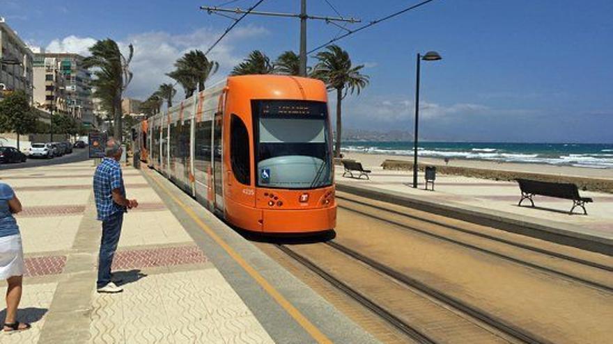 El Campello plantea una queja al Síndic de Greuges contra la Generalitat por no restaurar la parada del Tram en Cala d'Or