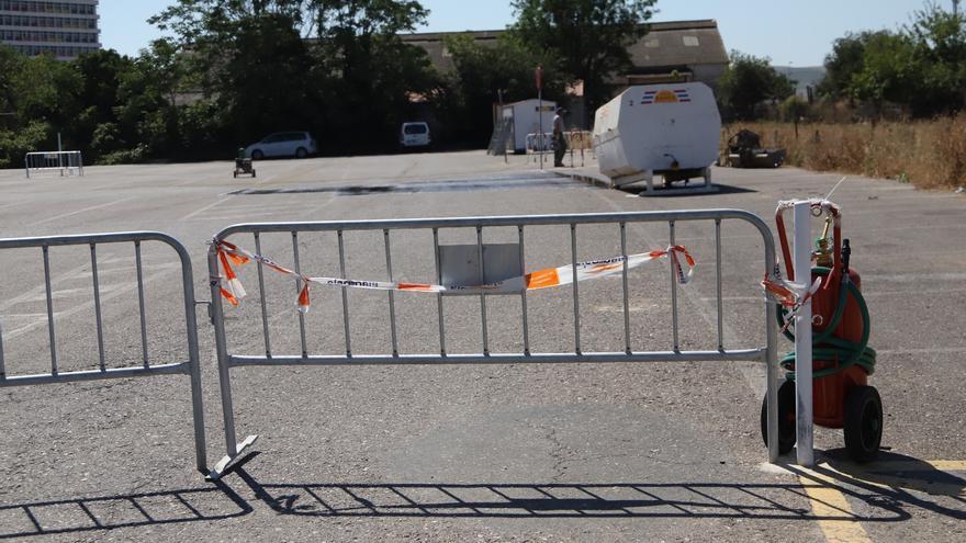 Comienzan las obras para mejorar la señalización e iluminación de los aparcamientos del Reina Sofía