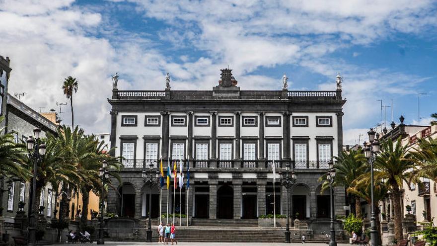 '40 años de ayuntamientos democráticos', en el Club La Provincia