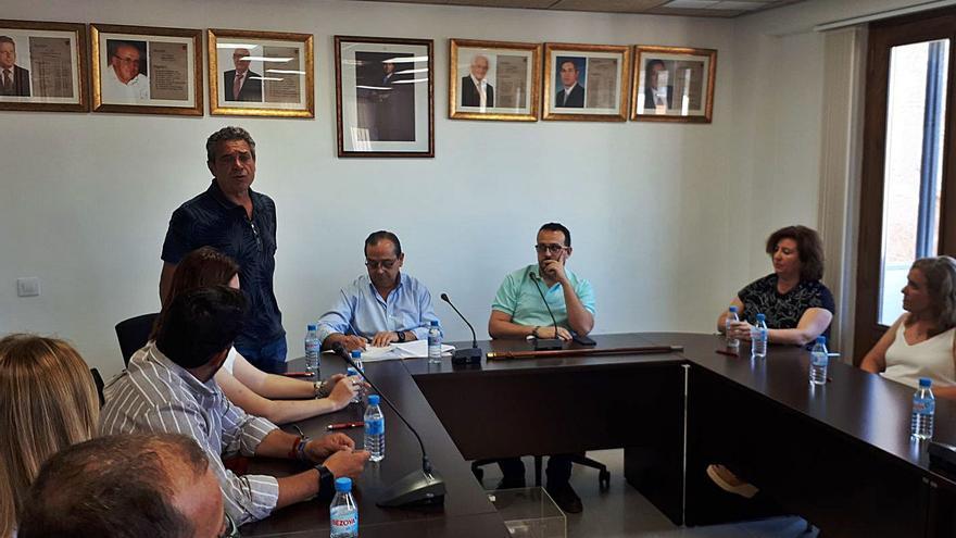 Tres cambios de alcaldías fortalecen el poder político del PSPV en la Ribera