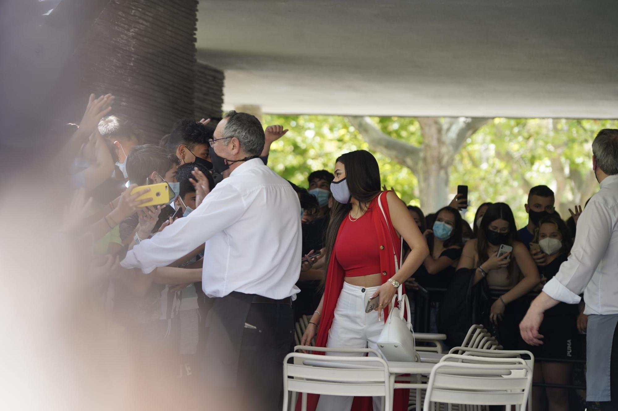 GALERÍA   Furor por la presencia de Sergio Reguilón y Marta Díaz en Zamora