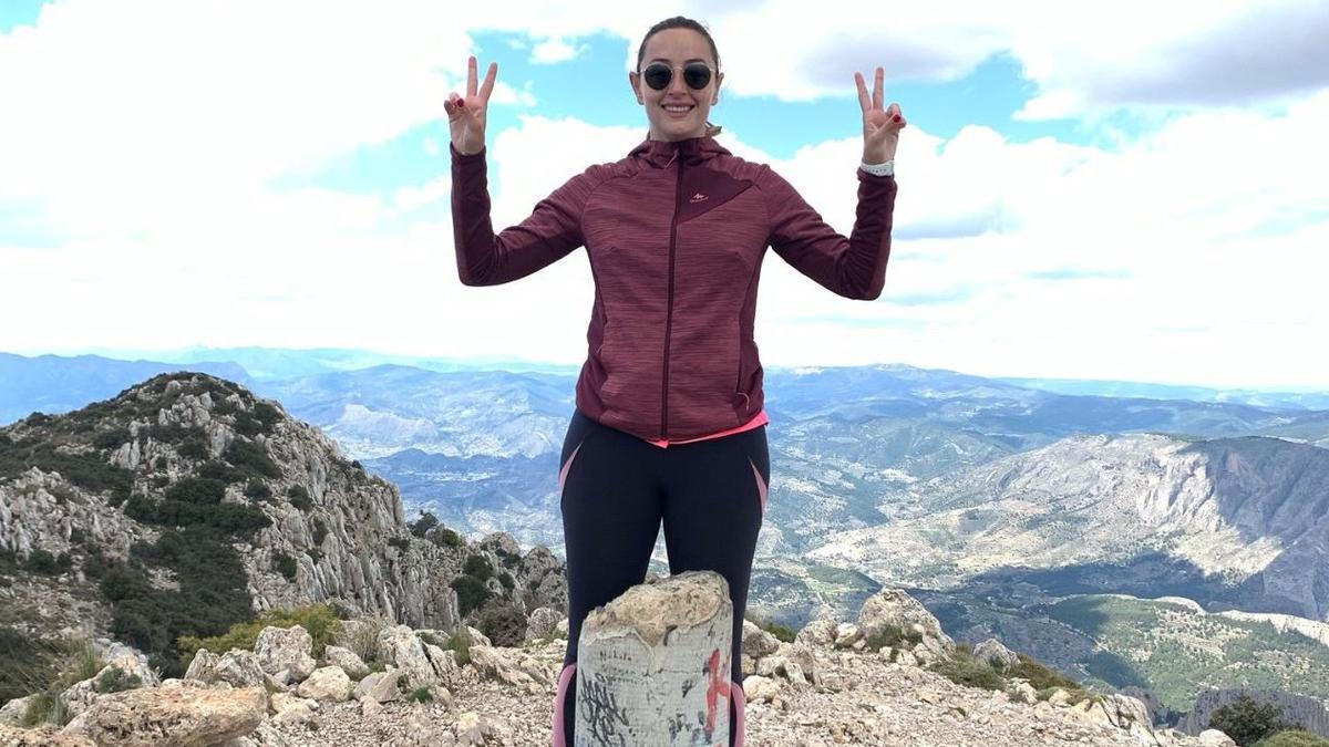 Rocío Gil, en la cima del Puig Campana