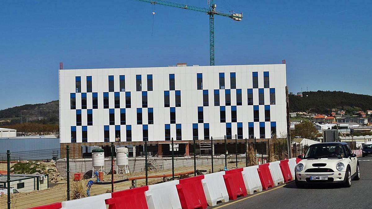 El primer edificio del complejo de Nexus Sabón muestra su fachada   LA OPINIÓN
