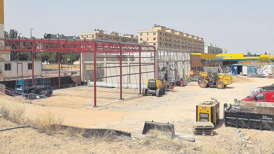 Los barracones en los colegios más masificados de Zaragoza aún no se han instalado