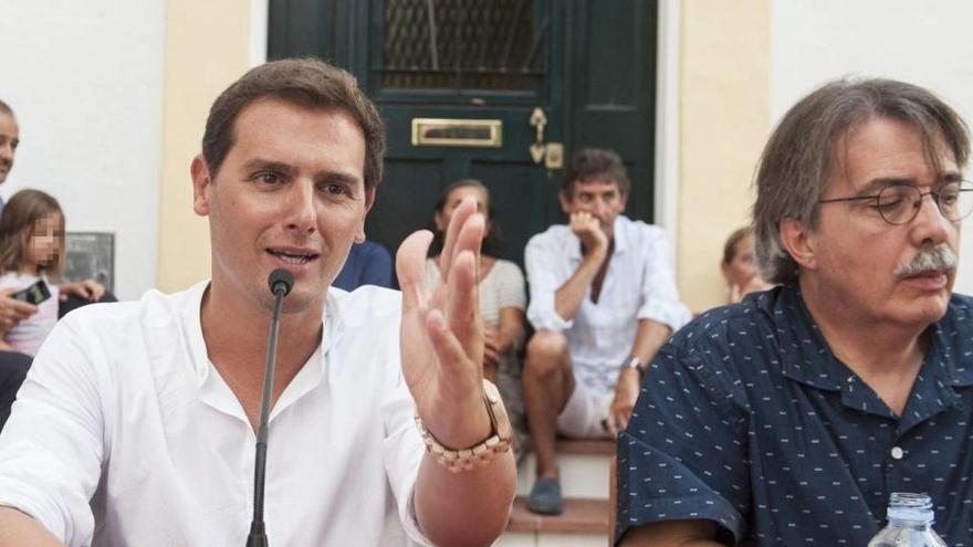 El fundador de Ciudadanos Xavier Pericay se da de baja en el partido
