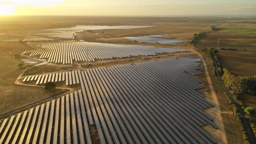 Piden al Gobierno que zonifique las áreas para macroparques renovables