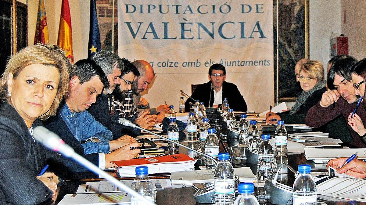 Imagen de archivo del consejo de administración de Divalterra.   LEVANTE-EMV