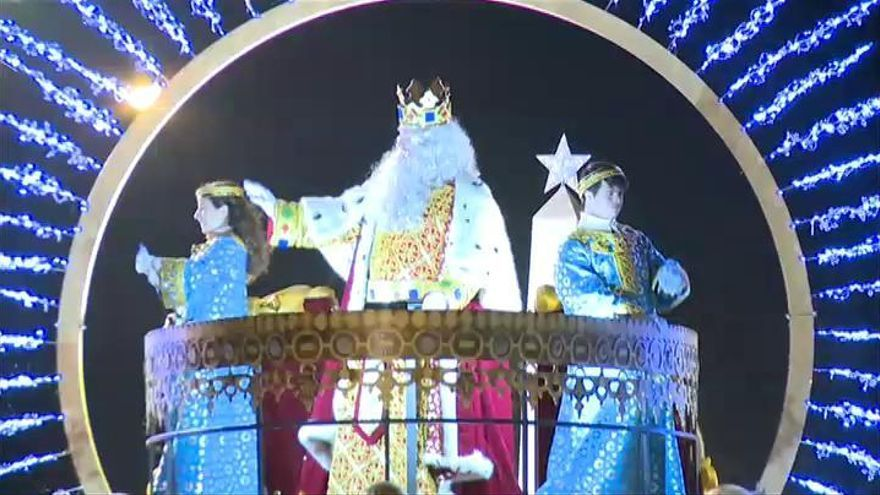 """Los Reyes Magos piden ayuda a los niños para conseguir un """"futuro mejor"""""""