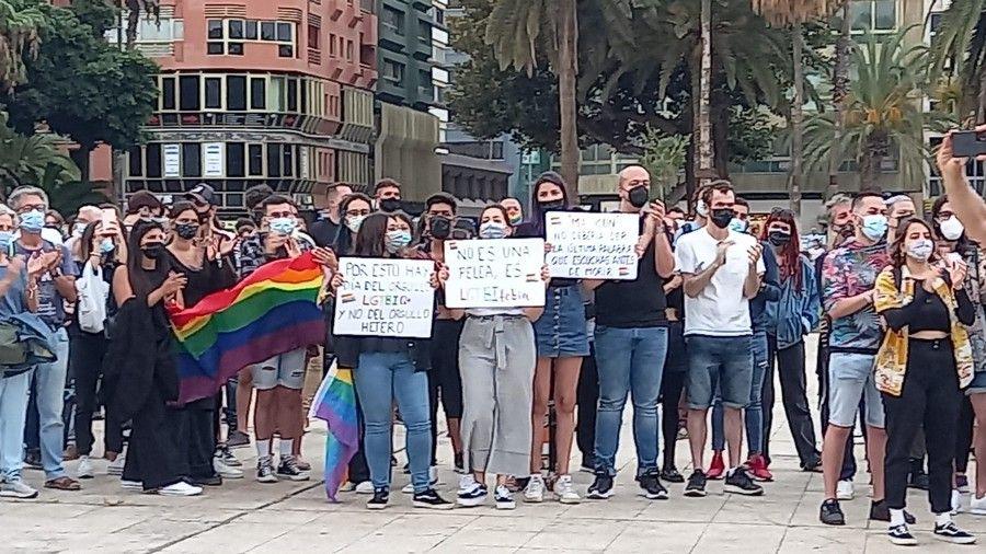 Concentración en Las Palmas de Gran Canaria por el asesinato homófobo de Samuel