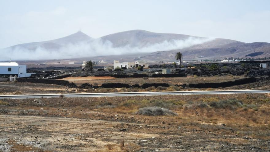 Incendio en el vertedero de Zonzamas