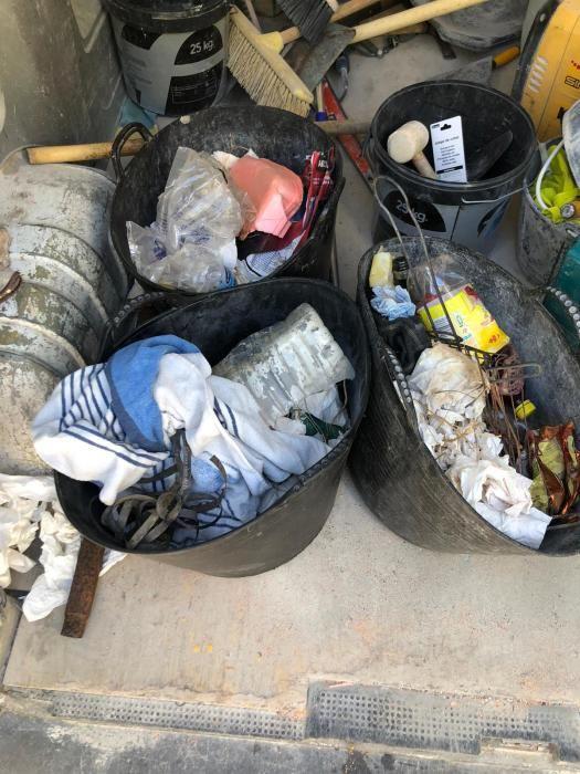 Precintos rotos, basura y caos de coches: verano negro en las calas de la Marina Alta