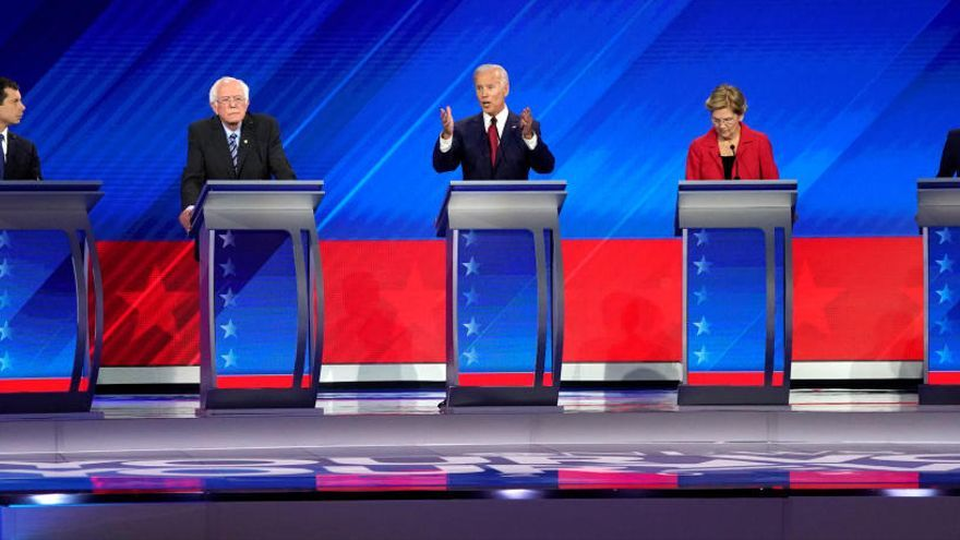 Imagen del debate de los presidenciables demócratas