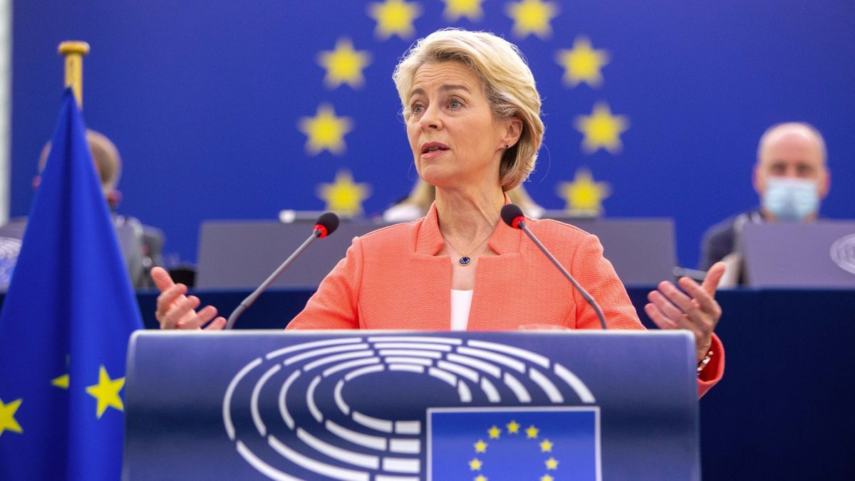 HANDOUT - 15 September 2021, France, Strasbourg: President of the European Commission Ursula von der Leyen delivers a speech during a plenary session of the European Parliament. Photo: Frederic Marvaux/European Parliament/dpa - ATTENTION: editorial use on