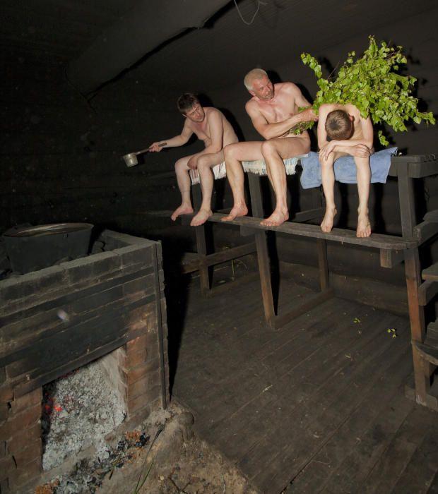 Estonia - El uso tradicional de la sauna de humo en Voromaa.