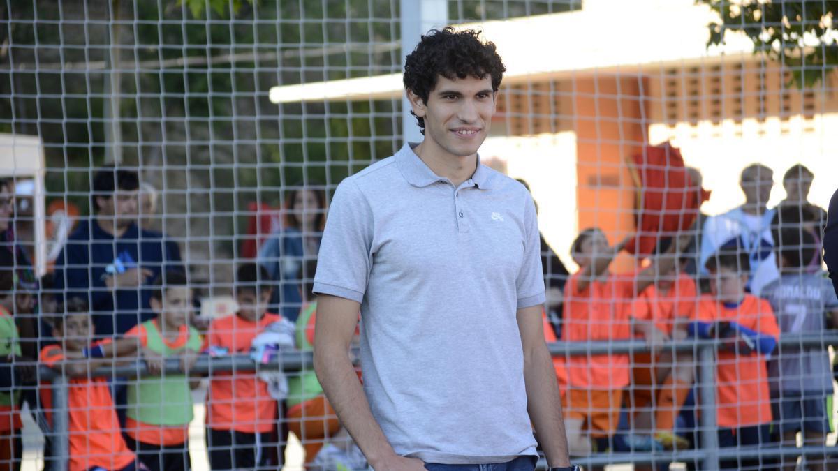Jesús Vallejo, en una imagen en una visita a Zaragoza en el campo del Juventud.