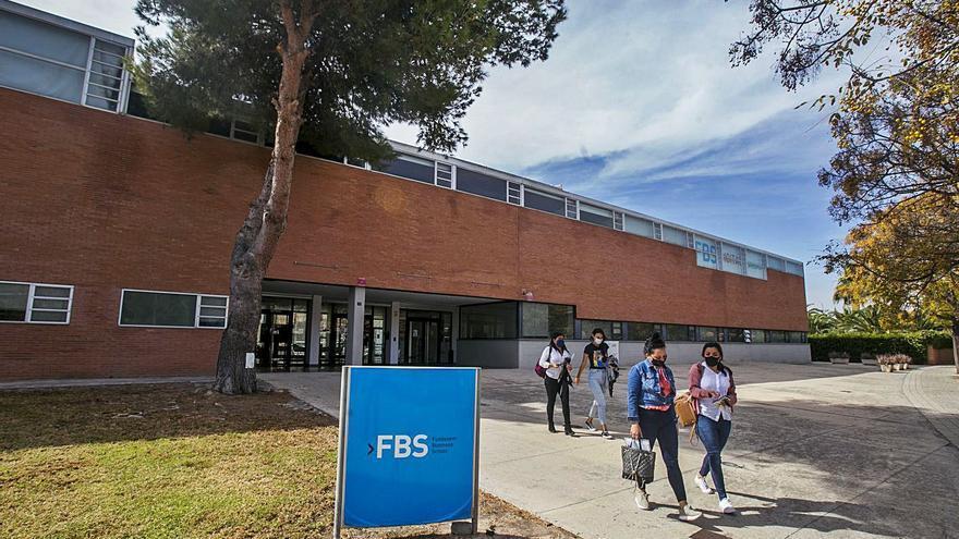 La escuela de negocios Fundesem logra beneficios por primera vez en doce años