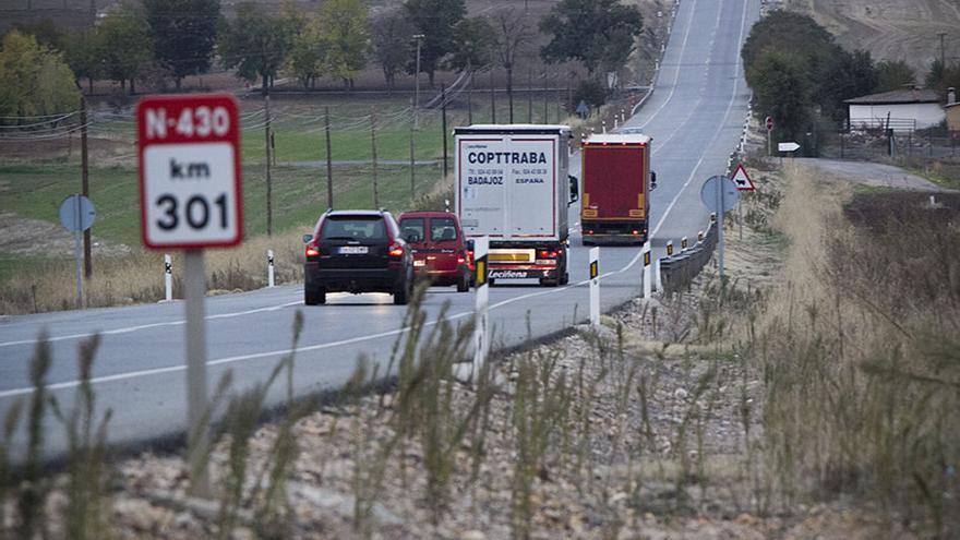 El ministerio aparca el proyecto de conversión de la N-430 en autovía