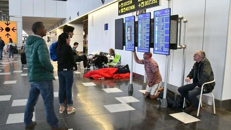 Jornada del lunes en el aeropuerto de Gran Canaria