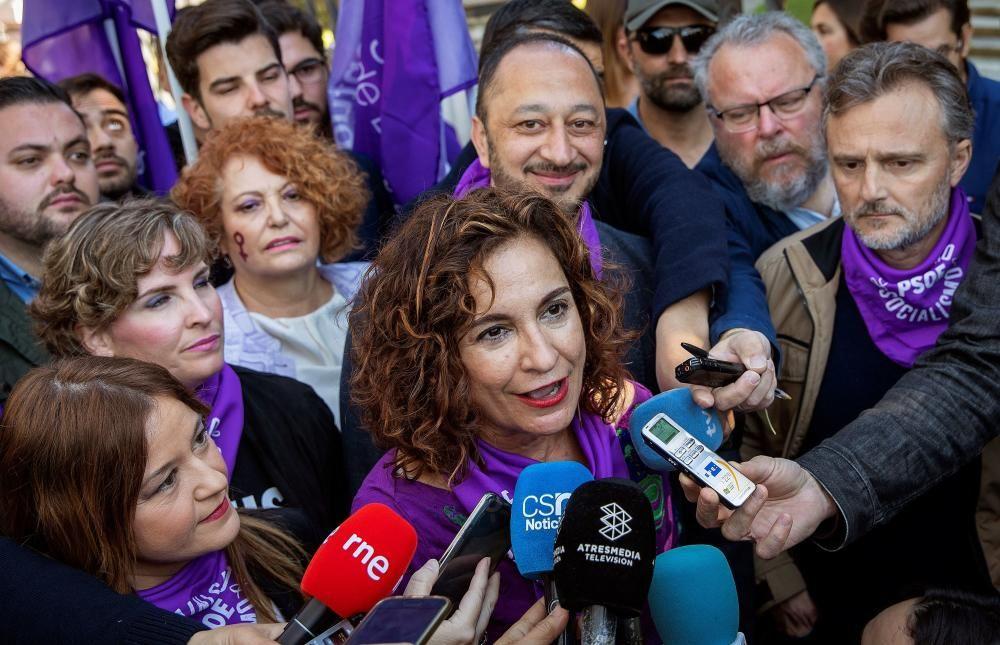 "Montero (PSOE) critica la ""pose"" y la falta de ..."