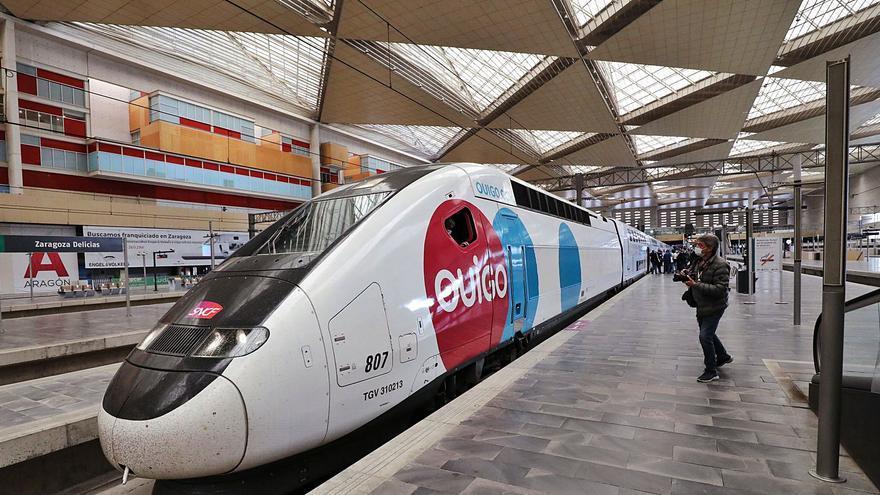 Ouigo contrata a 42 personas para su alta velocidad entre Madrid y València
