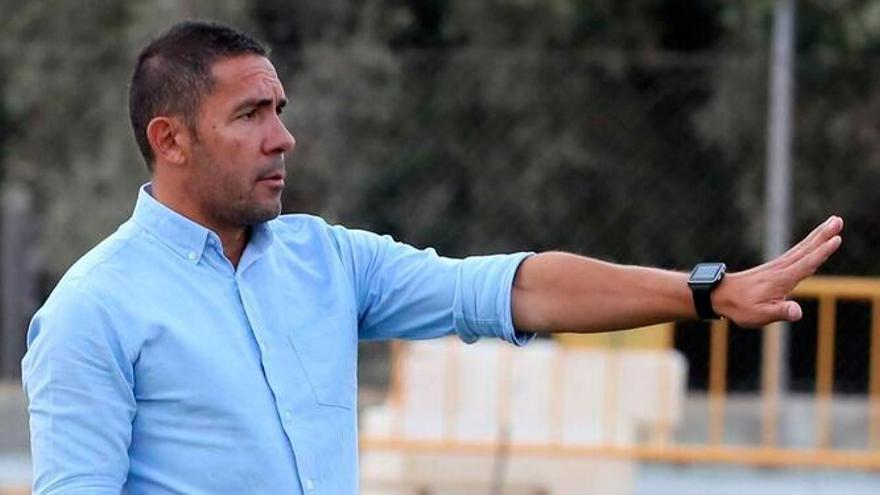 Juan Carlos Gómez no seguirá en el Vélez CF