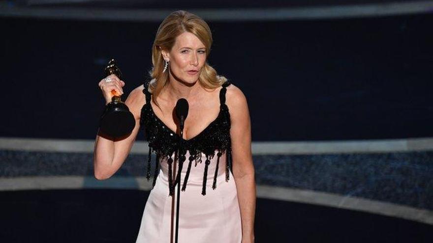 """Laura Dern se lleva el Oscar a mejor actriz de reparto por """"Historia de un matrimonio"""""""