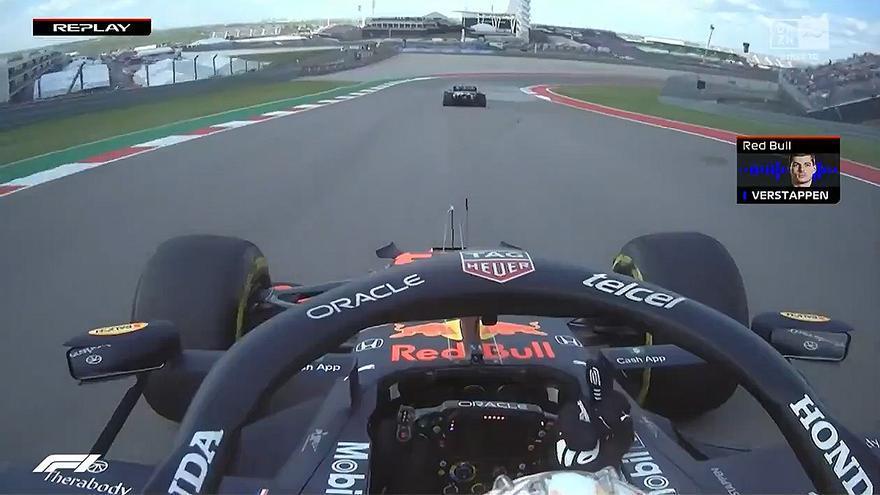 Tensión y peineta de Verstappen a Hamilton en los libres de Austin