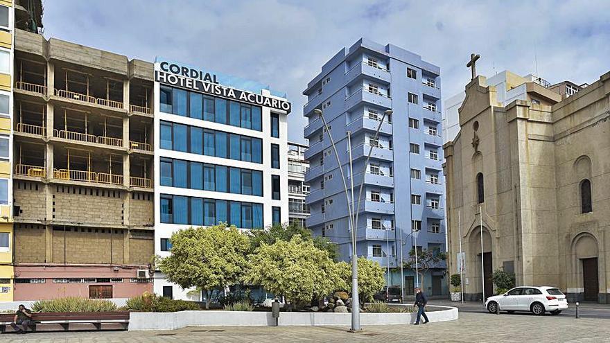 El hotel Vista Acuario dobla su capacidad con el edificio colindante