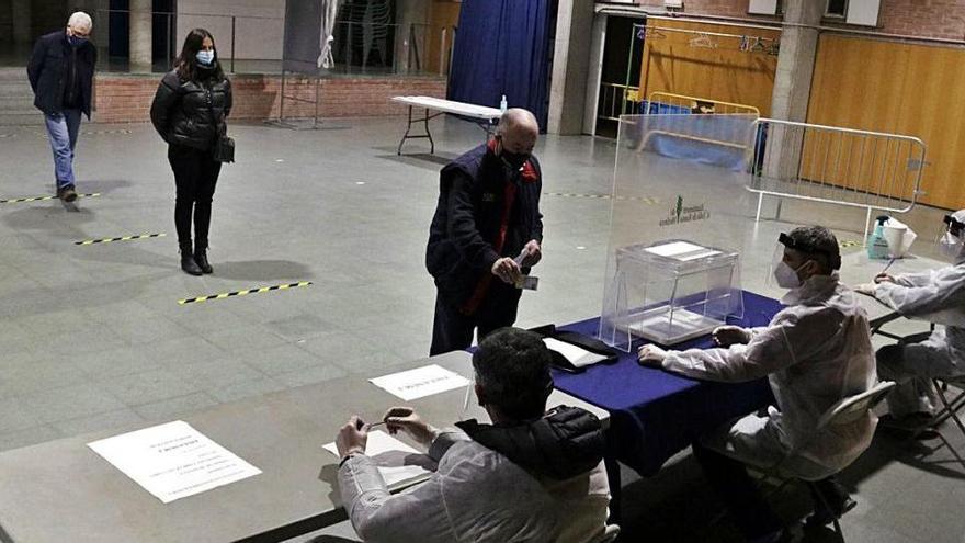 Comencen els simulacres de votació per assajar els protocols del 14-F