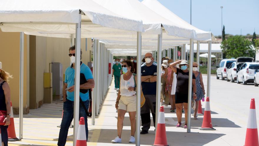 La incidencia del coronavirus en la provincia de Alicante aumenta a 368 con casi 7.000 casos activos