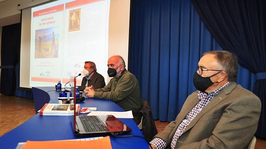 José Quiñonero presenta su 'Breviario'