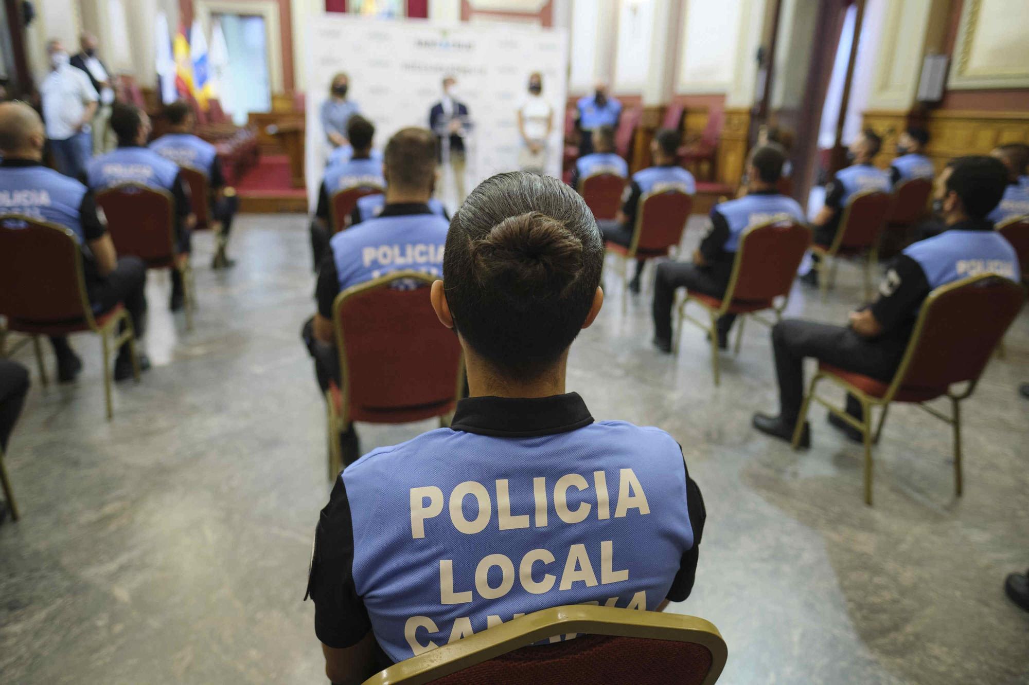 Acto nombramiento policías locales en prácticas