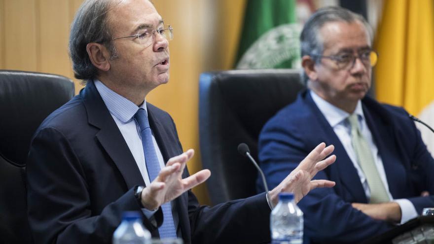 """Pío García: """"La Transición no fue un pacto de silencio sino de reconciliación"""""""